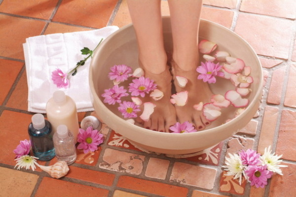 Feet_Treatment