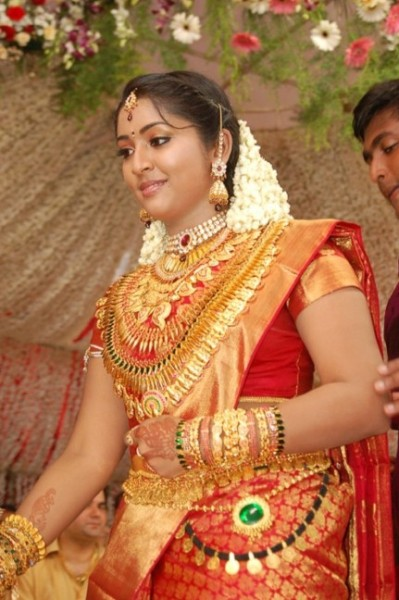 navyanair-wedding-ja-kavya-madhavan-marriage-photos-893871011